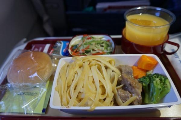 セントレア/セブ直行便レポート 機内食
