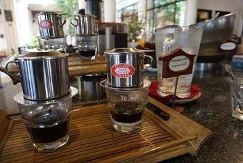 朝食 ヴィクトリアホイアン ベトナムコーヒー