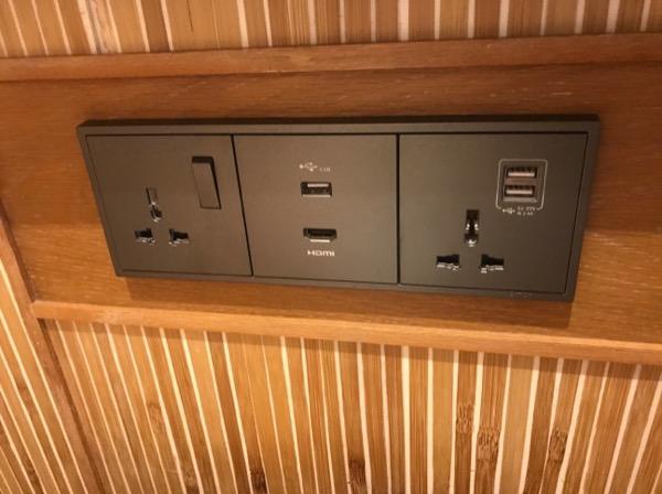 USBのコンセントがあるのは便利で助かります。