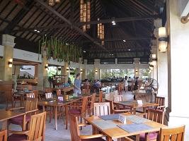 バリ・マンディラ・ビーチ・リゾート&スパ 朝食レストラン