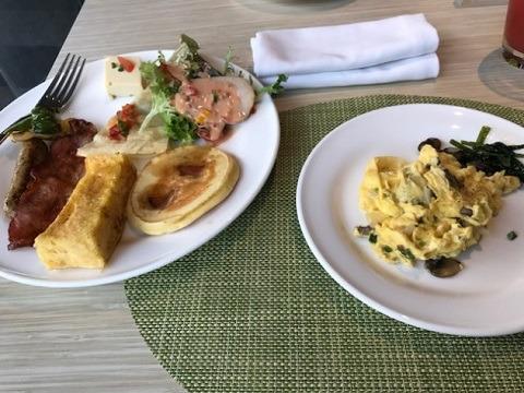 リンバ・ジンバラン・バリbyアヤナ 朝食 卵料理