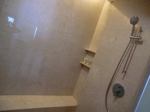 アヤナ リゾート&スパ バリ シャワーブース