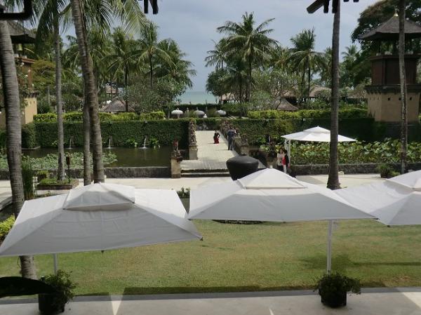 インターコンチネンタル バリ リゾート ロビーからの景色