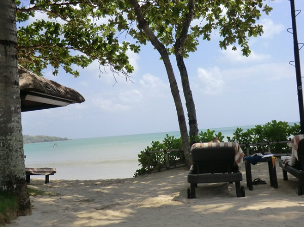 インターコンチネンタル バリ リゾート ジンバランビーチ