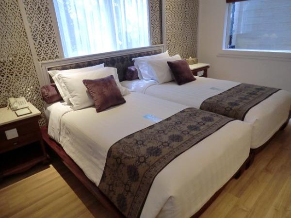 バリ・マンディラ・ビーチ・リゾート&スパ デラックスコテージ ベッドルーム
