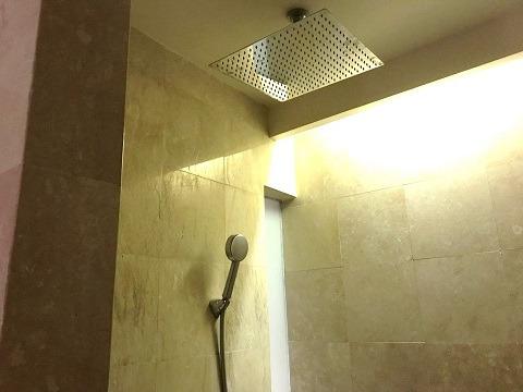 2ベッドルームプールヴィラ シャワールーム