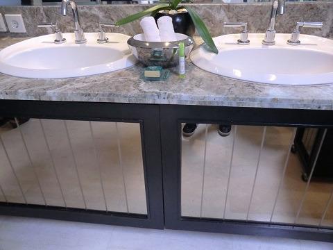 1ベッドルームラグジュアリープールヴィラ 洗面台