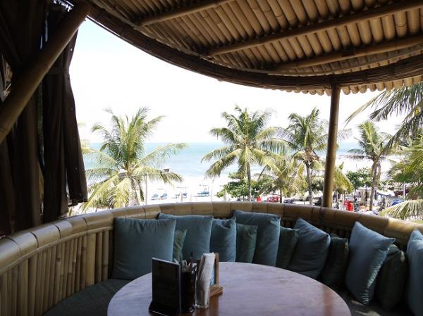 バリ・マンディラ・ビーチ・リゾート&スパ 『AZUL BEACH CLUB』