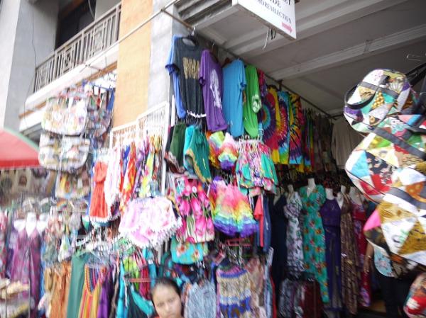 ウブドの中心地のお店