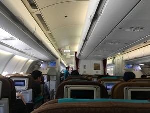 ガルーダインドネシア航空エコノミークラス この日の搭乗率は7割ほど