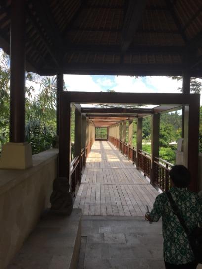 フォーシーズンズ リゾート バリ アット サヤン 専用の橋