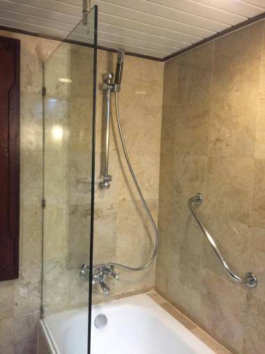 メリア バリ ゲストルーム バスルーム