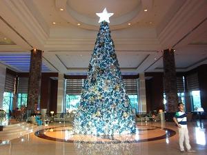ラディソンブルホテル クリスマスツリー
