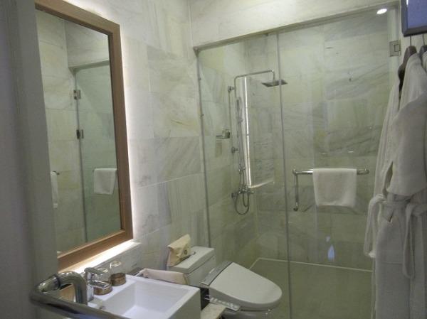 スイートルーム バスルーム