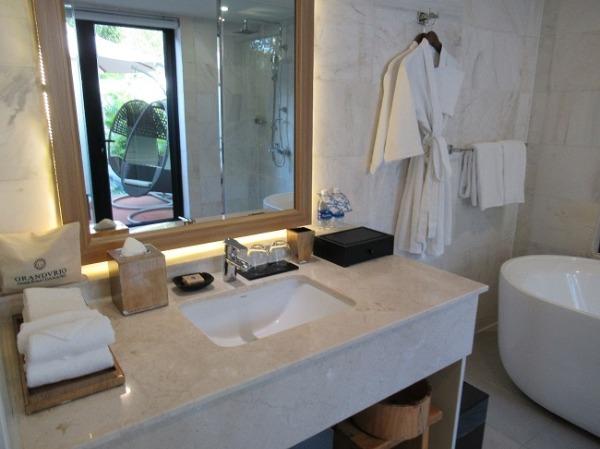 1ベッドルームプールヴィラ 洗面台