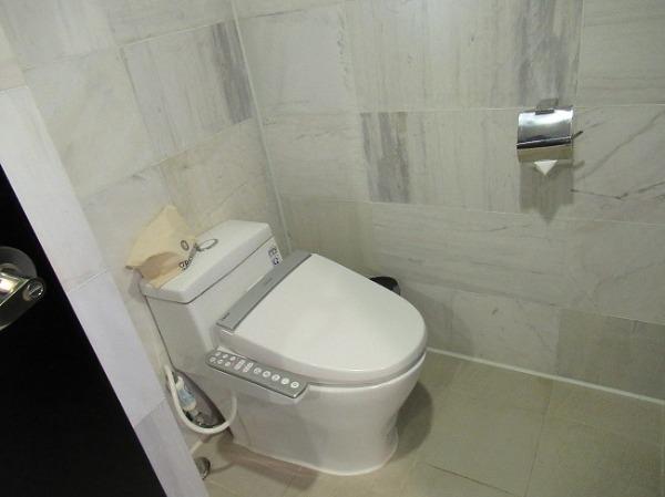 1ベッドルームプールヴィラ トイレ