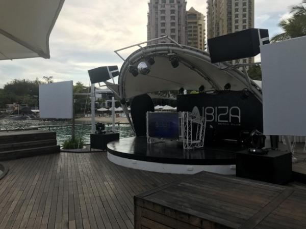 モーベンピック セブ リゾート&スパ イビザビーチクラブ