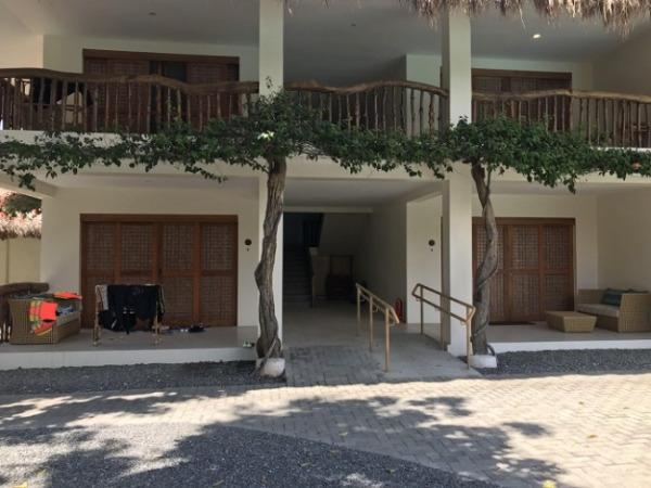 ブルーウォーター マリバゴ ビーチ リゾート スロープが付いたお部屋入口
