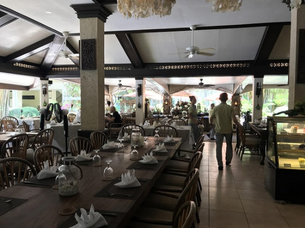 コスタベラ・トロピカル・ビーチ・ホテル レストラン 「ラ・マリナ」