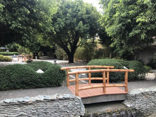 スパ「モガンボスプリングス」 ガーデン