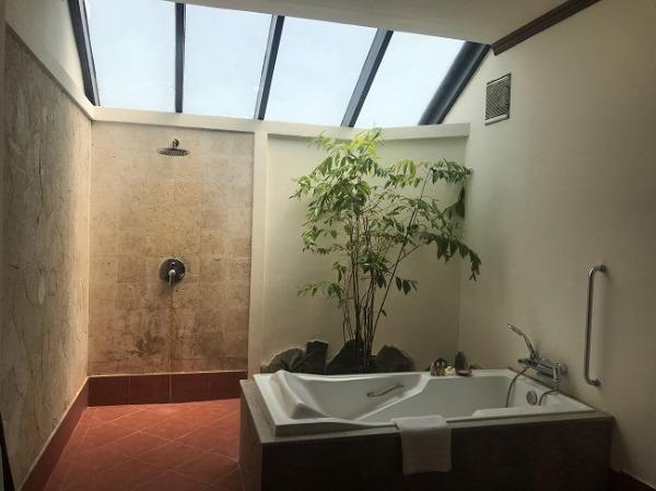 ラグーンスイート バスルーム