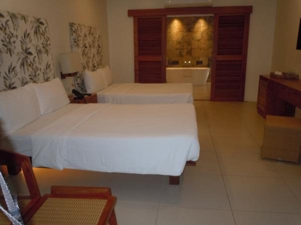 ブルーウォーター マリバゴ ビーチ リゾート アムマスパスィート ベッド