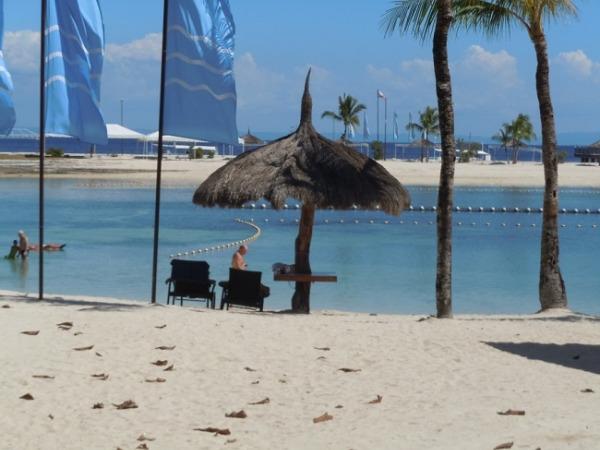ブルーウォーター マリバゴ ビーチ リゾート プライベートビーチ