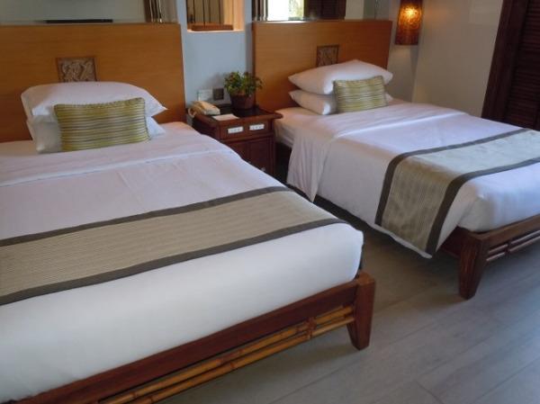 コスタベラ・トロピカル・ビーチ・ホテル プレミアデラックスルーム ベッドルーム