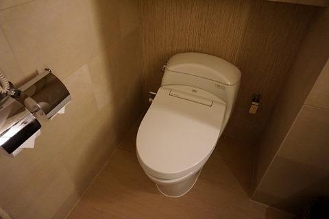 シャングリ・ラ マクタン トイレ