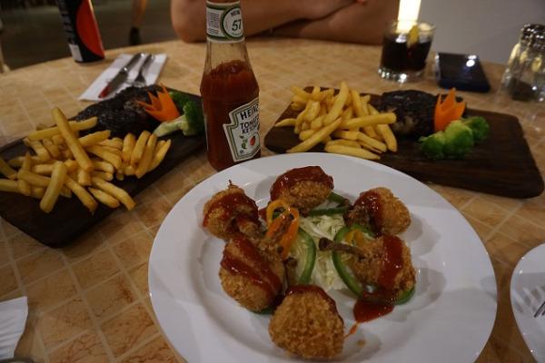 レストラン「キリマンジャロ」 料理一例