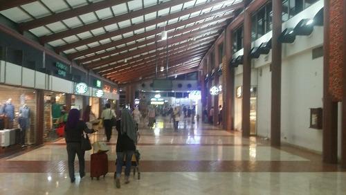 ジャカルタ空港 ショップ