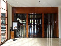 ザ・セントレジス バリ リゾート 「ボネカレストラン」 入口