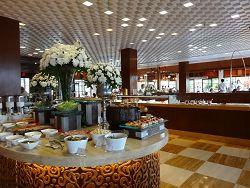 ザ・セントレジス バリ リゾート 朝食 真ん中のコーナー