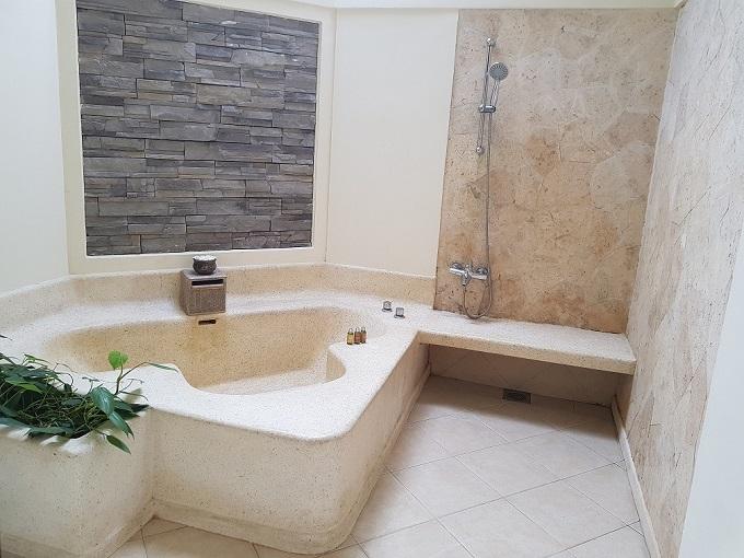 プールラグーンスイート バスルーム